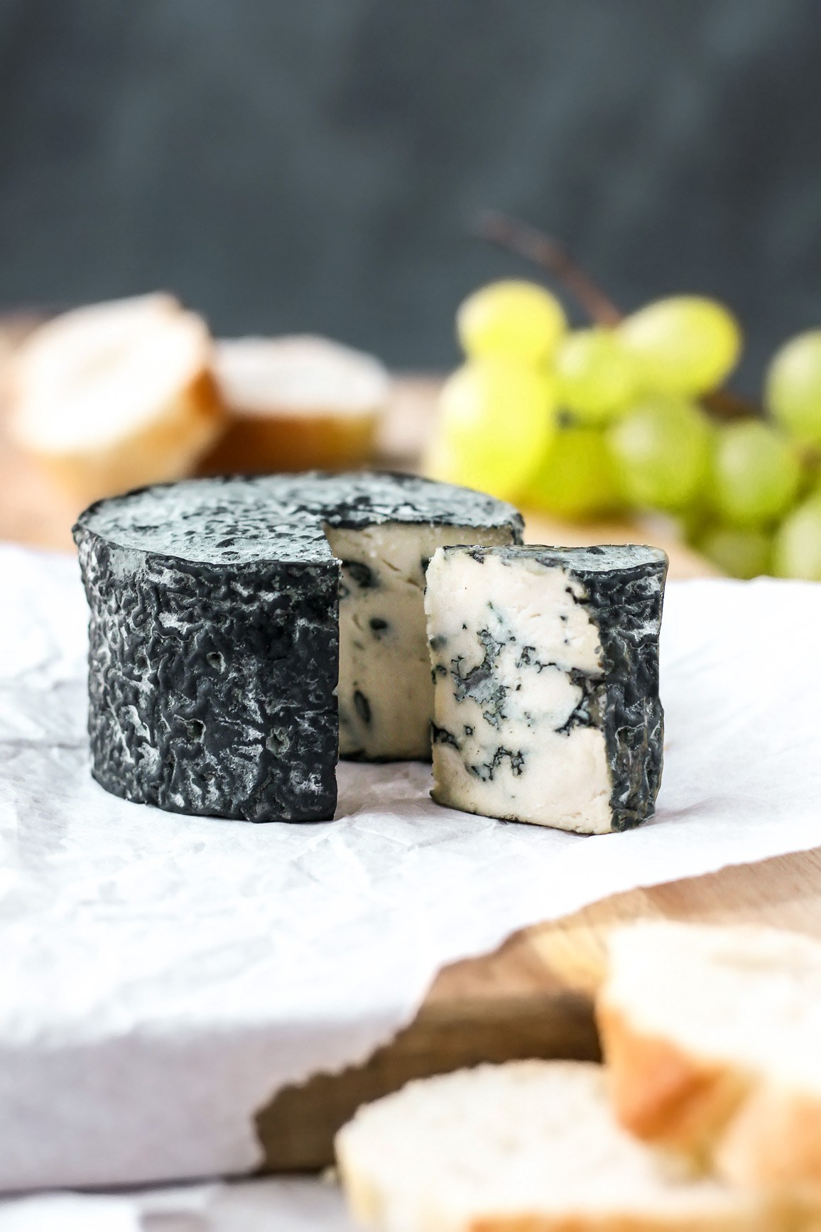 vegan-aged-blue-cheese