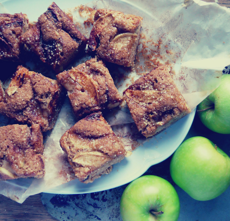 Oil-free vegan Dutch apple cake