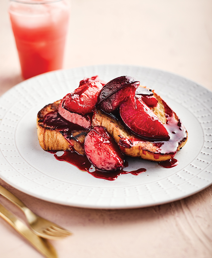 Vegan French toast with spiced plums