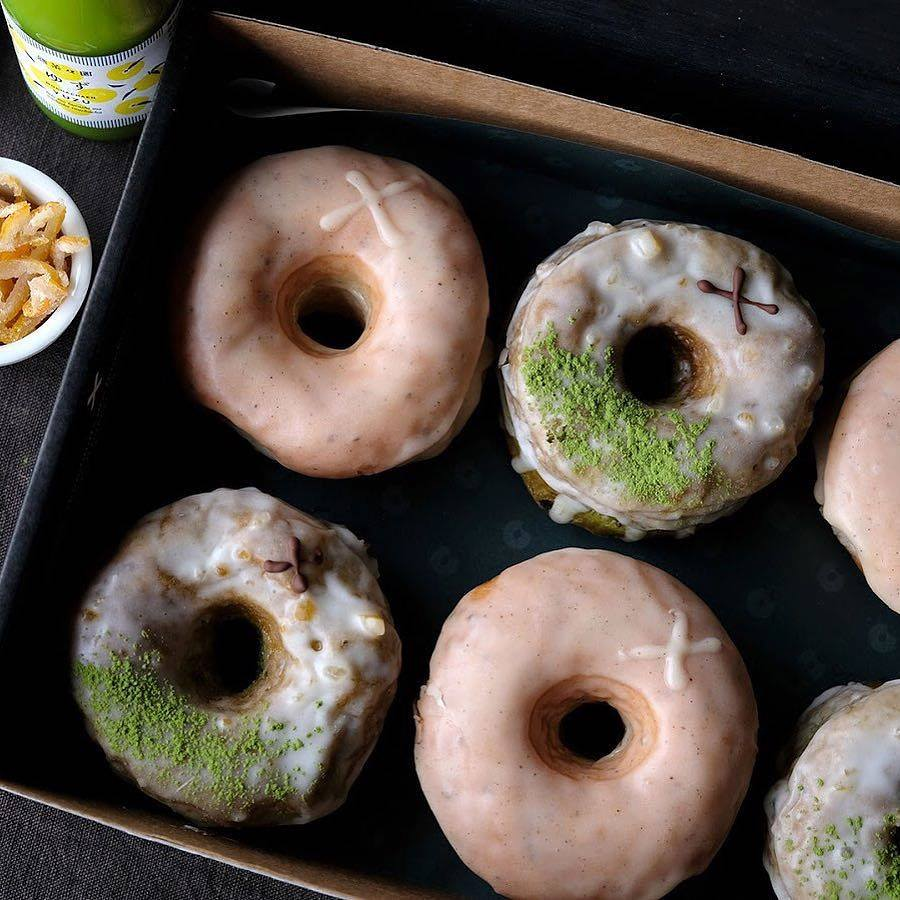 crosstown doughnuts vegan shop