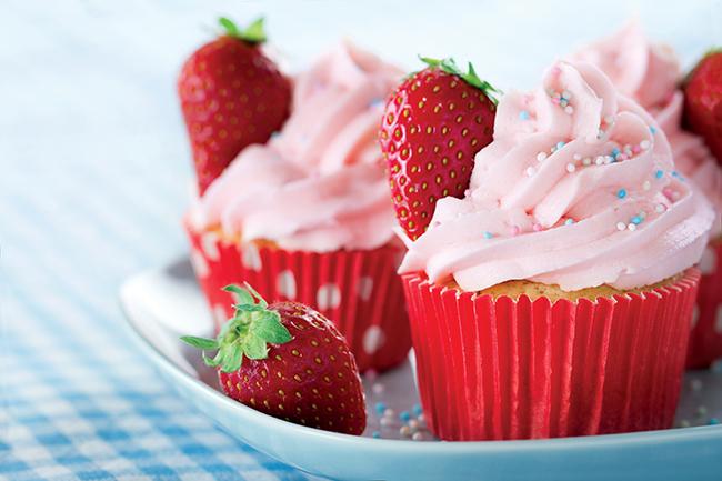 vegan berry cupcakes
