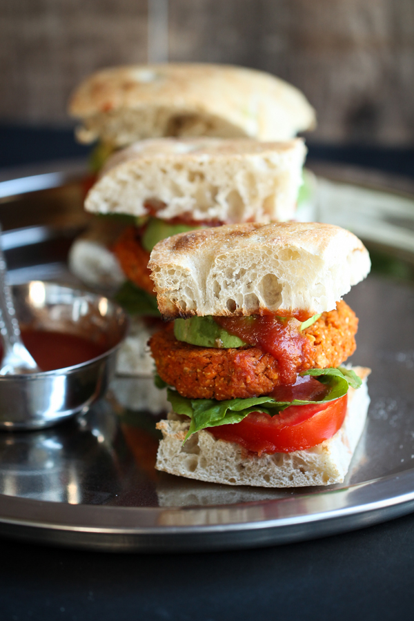 chickpea vegan burger