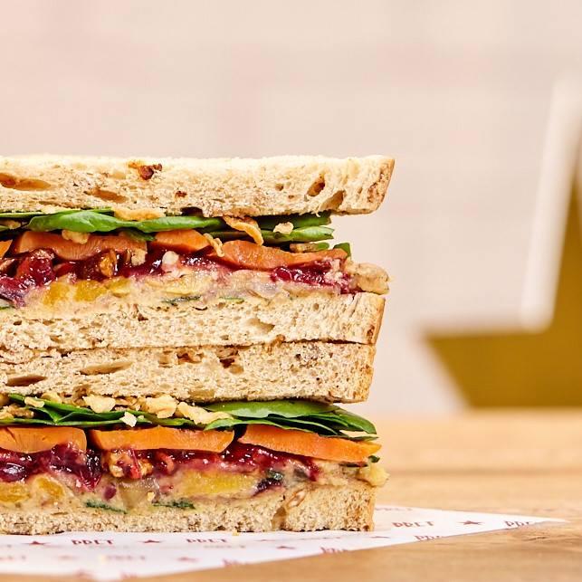 pret a manger vegan christmas sandwich