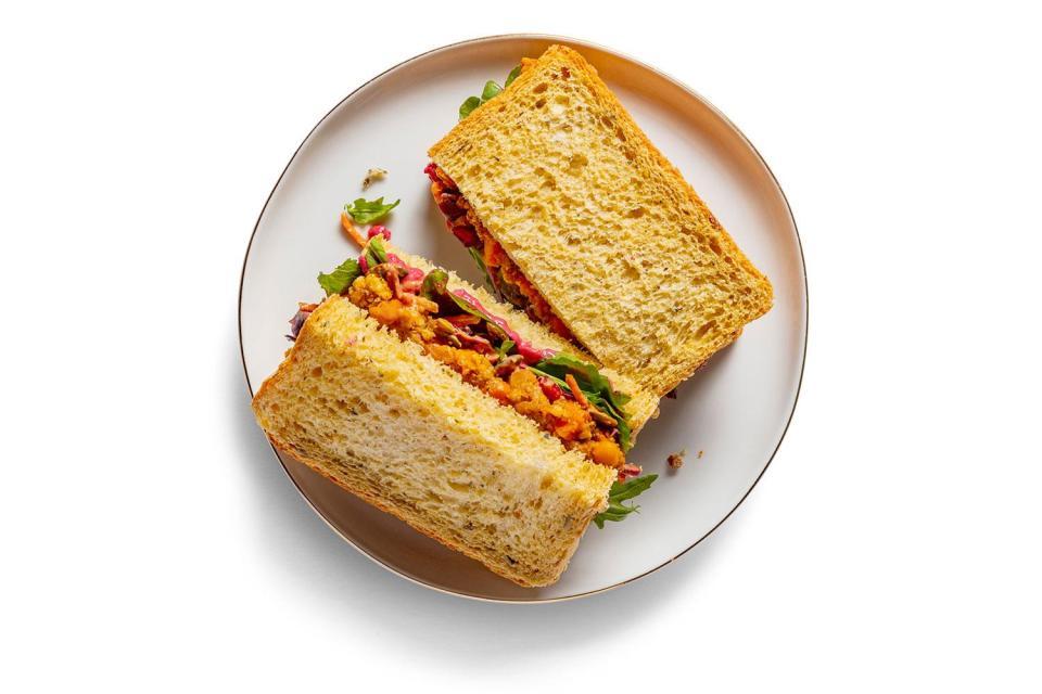 starbucks vegan christmas sandwich