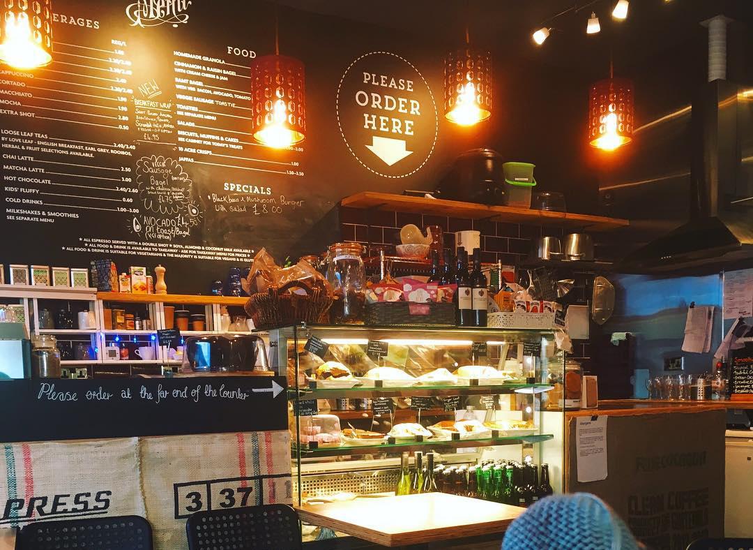 eden cafe witney