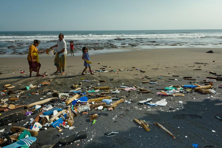 bali bans single-use plastic